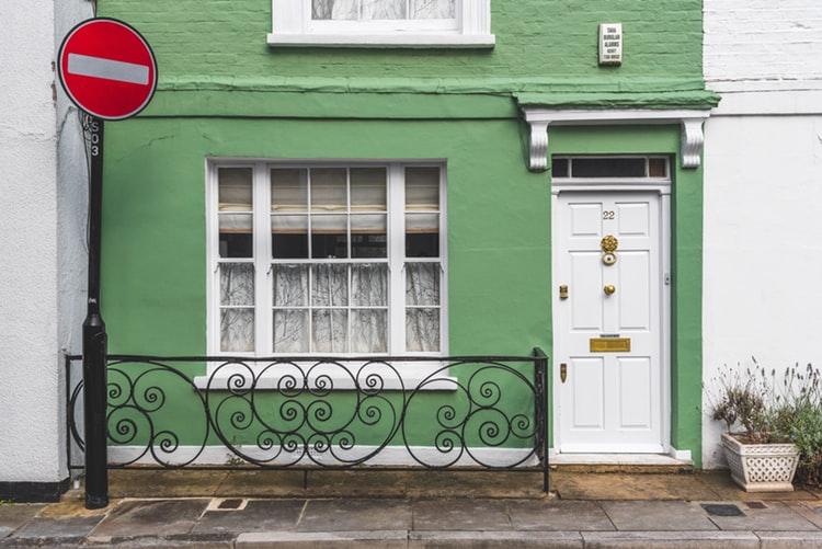 5 Tips Merawat Rumah Minimalis
