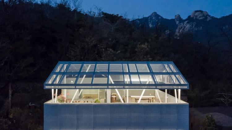 Desain rumah sederhana dengan rooftop, dezeen.com